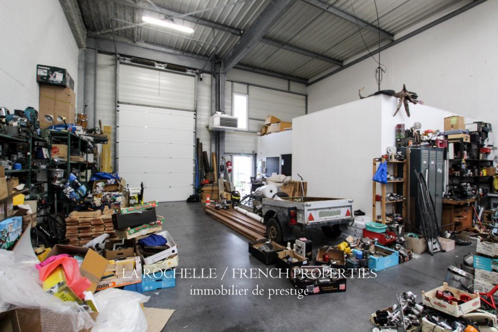 Bien à vendre - Murs Commerciaux La Rochelle FB-145