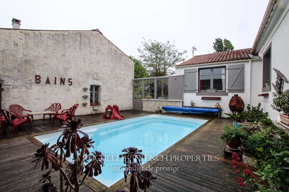 Property for sale - Maison Sainte-Radégonde-des-Noyers CG-081