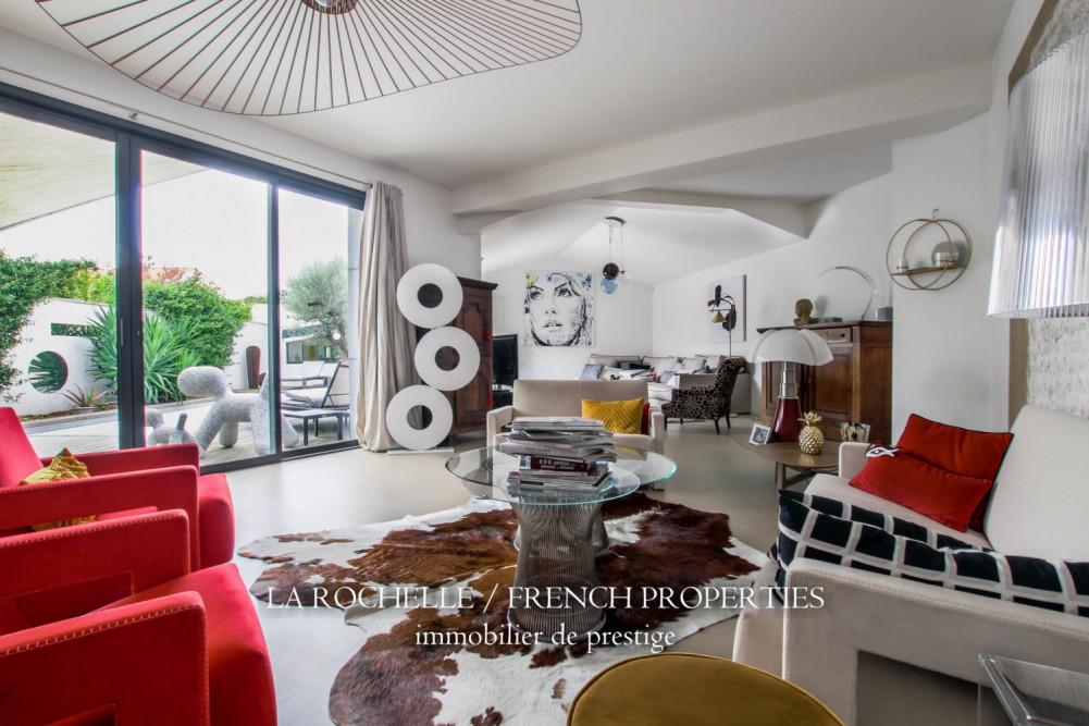 House for sale Charente-Maritime / La Rochelle et sa région / La Rochelle