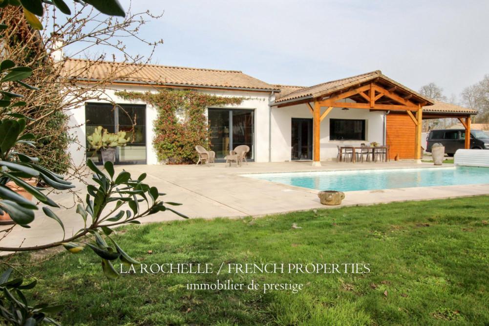 Maison à vendre Charente-Maritime / La Rochelle et sa région / Aigrefeuille-d'Aunis