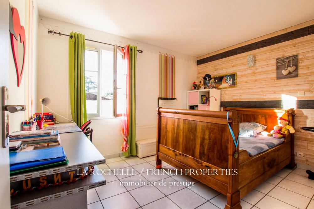 Bien à vendre - Maison Saint-Laurent-de-la-Prée CG-135