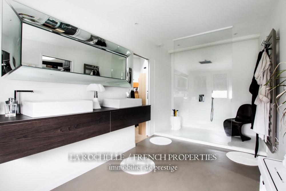 Property for sale - Maison La Rochelle CG-091
