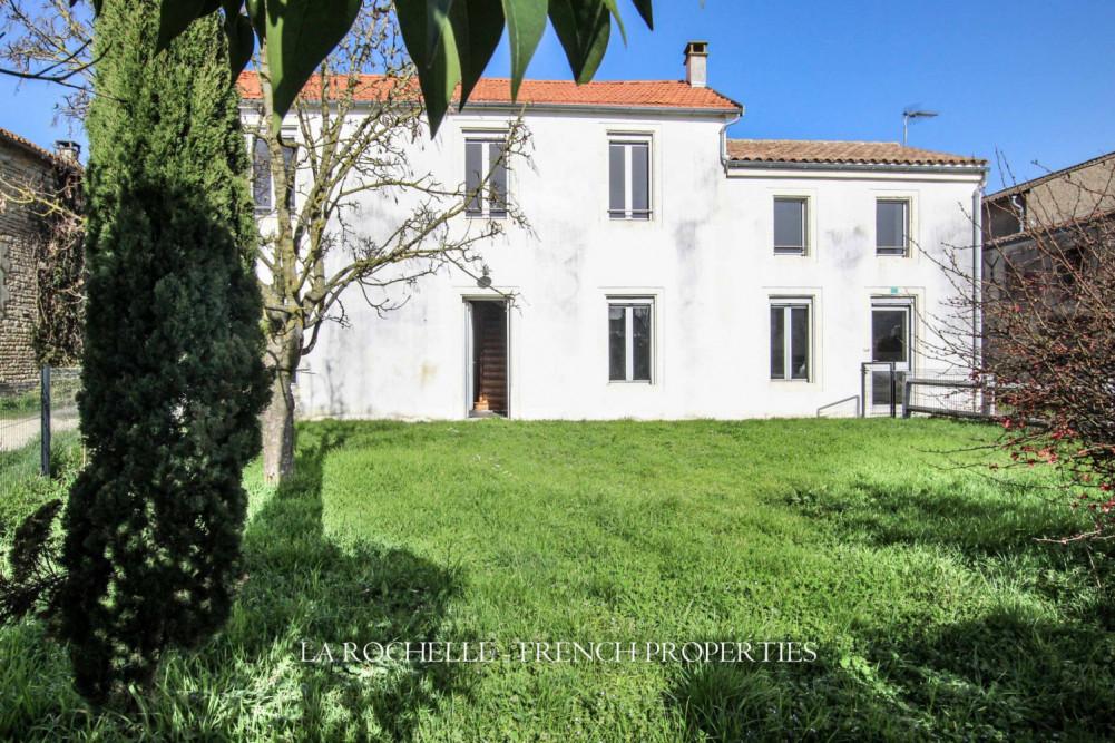 Maison à vendre Charente-Maritime / La Rochelle et sa région / Vérines